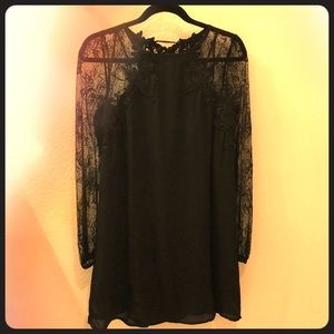 LBD with lace sleeves - Size L